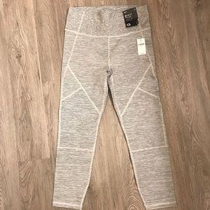 Gap geometric leggings